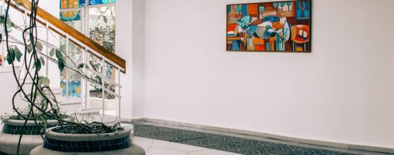 5 questions to ask before buying art